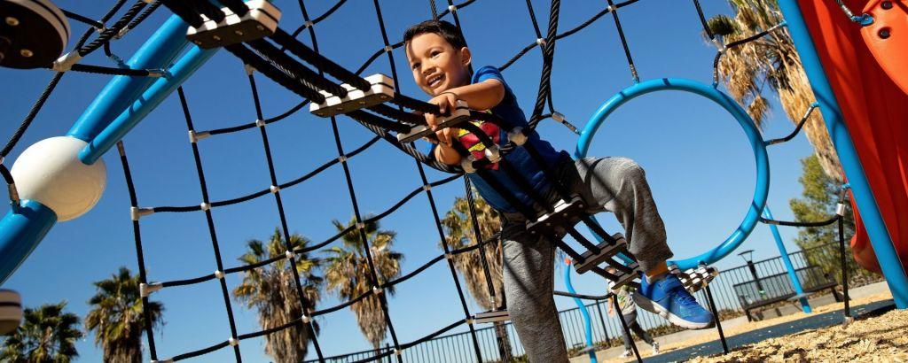 Custom Rope Climbing Play Equipment